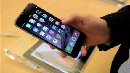 Usuarios demandan a Apple por gastar sus datos e incrementar su recibo