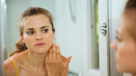 Seis hábitos que favorecen a la aparición de arrugas en tu rostro