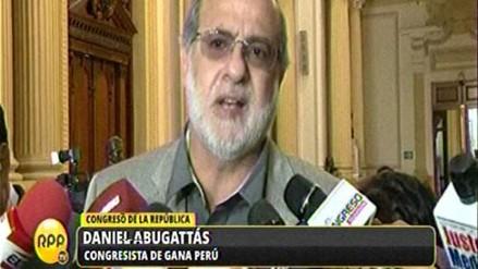 Abugattás deslinda responsabilidad por presencia de Movadef en el Congreso