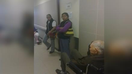 Pacientes denunciaron demora en atención en el hospital de Essalud Almenara