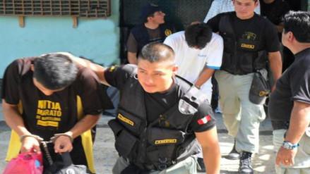 Evalúan uso de grilletes electrónicos para reducir hacinamiento en penales