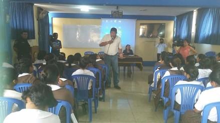 Alumnas de institución educativa recibieron charla sobre seguridad ciudadana