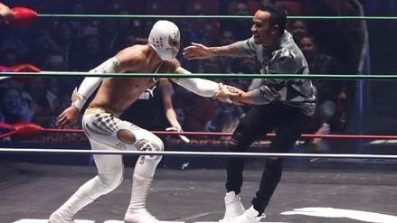 YouTube: Lewis Hamilton se enfrentó a exluchador de la WWE en México