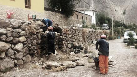 Restituyen segmento de andén inca afectado en Ollantaytambo