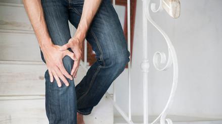 Advierten que usar pantalones pitillo puede causar daños a la salud
