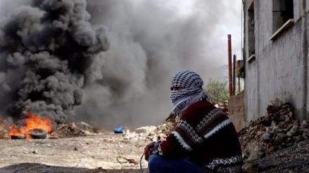 Bebé palestino muere tras inhalar gas lacrimógeno israelí