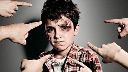 ¿Qué debo hacer para prevenir la violencia, incluido el bullying, en mi escuela?