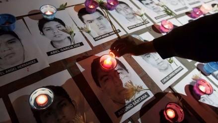 México: padre de uno de los 43 desaparecidos protestó en el maratón de NY