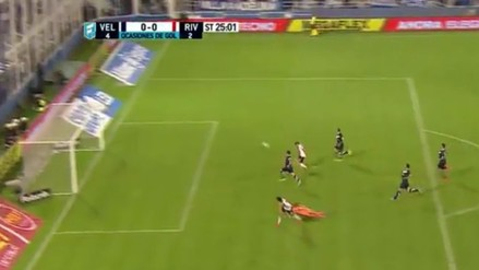 River Plate: Javier Saviola pudo anotar su primer gol, pero definió muy mal