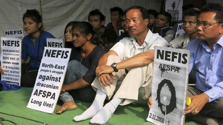 India: activista Irom Sharmila cumple 15 años en huelga de hambre