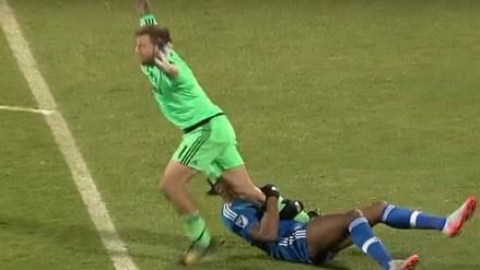 YouTube: Didier Drogba le aplicó llave de la UFC a portero en la MLS