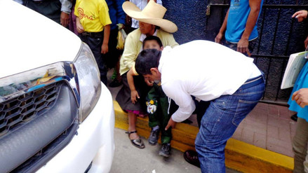 Camioneta de municipio de Cajabamba atropelló y fracturó pierna de niño