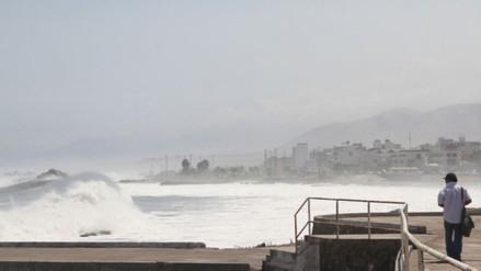 Marina de Guerra advierte presencia de oleajes de mediana intensidad