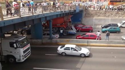 Continúan imprudencias sobre conductores que no respetan la altura máxima en los puentes