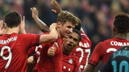 Bayern Munich aplastó 4-0 al Stuttgart con un doblete de Thomas Müller