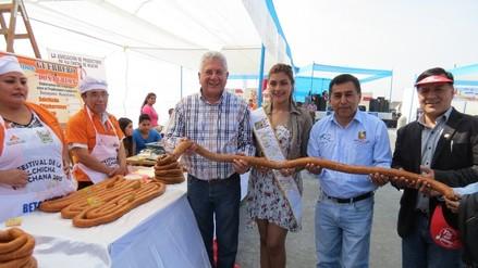Preparan 500 metros de salchicha por el 194 aniversario de Huacho