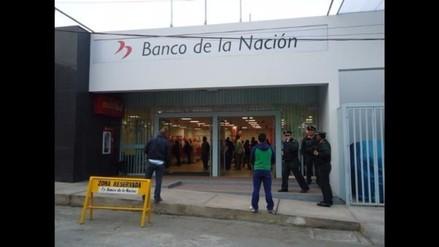 Policías exigen el pago de dos meses que se les adeuda