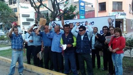 Chiclayo: trabajadores de Serpost acatan huelga exigiendo mejoras
