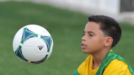 """Estados Unidos prohibirá a los niños """"cabecear"""" la pelota de fútbol"""