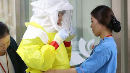Londres: enfermera británica con ébola sale de la unidad de aislamiento