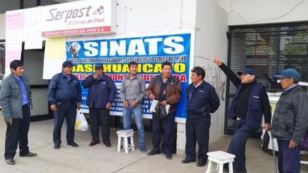 Huancayo: trabajadores de Serpost inician huelga indefinida