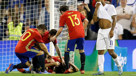 España vs. Inglaterra: ibéricos ganaron 2-0 con la clase de Nolito y Cazorla
