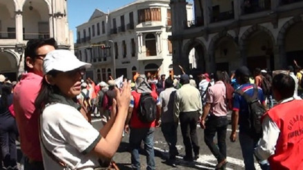 Trabajadores de Serpost cumplen una huelga nacional indefinida