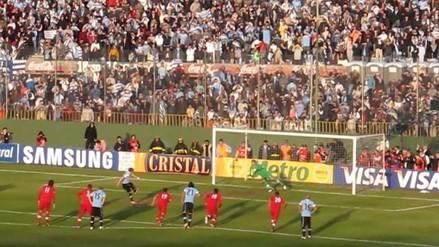 Perú vs. Paraguay: el día que Diego Penny le tapó un penal a Forlán