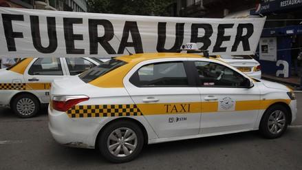 Uruguay: centenares de taxistas protestan contra Uber