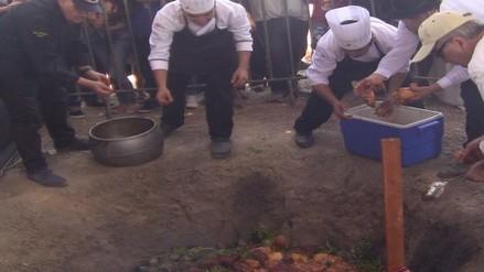 Rinden homenaje a la Pachamanca durante festival de gastronomía