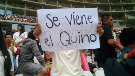 Universitario vs. Alianza Lima: hinchas cremas vacilan a Reimond Manco
