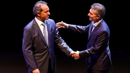 Argentina: Scioli y Macri tuvieron candente debate a una semana del balotage