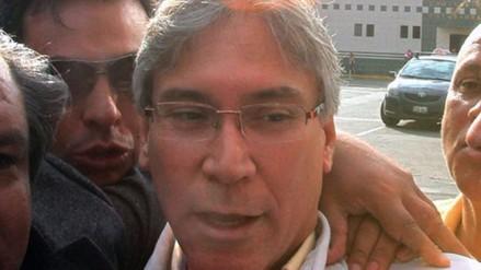 Exministro aprista Aurelio Pastor salió en libertad