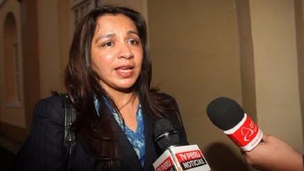 Vicepresidenta Espinoza se solidarizó con víctimas de atentados en Francia