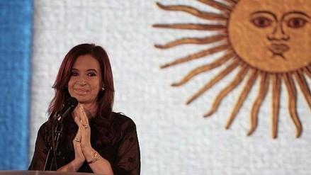 Presidenta de Argentina acelera contratación de funcionarios antes de su salida