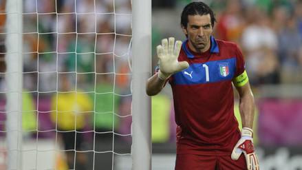 YouTube: las 10 mejores tapadas de Gianluigi Buffon tras 20 años de su debut