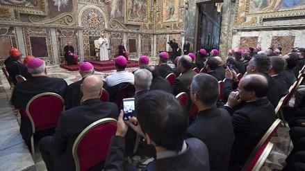 Vaticano juzgará a 5 personas por filtración y publicación de documentos