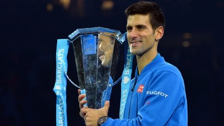 Novak Djokovic superó a Roger Federer y conquistó el Torneo de Maestros
