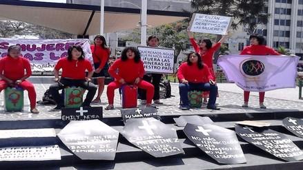 Singular protesta por archivamiento de la despenalización del aborto