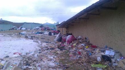 Denuncian que municipio de Bambamarca contamina caserío Cuñacales