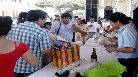 Más de 2 mil pobladores degustaron el riquísimo coctel de algarrobina