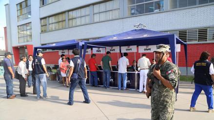 Elecciones Municipales: FF.AA y PNP custodian locales de votación