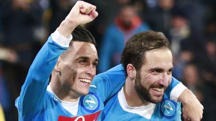 Serie A: Nápoli es el nuevo líder tras vencer por 2-1 al Inter de Milán (VIDEO)