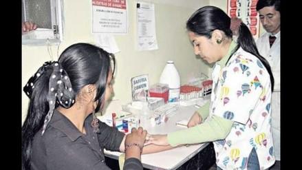 Aumenta cifra de personas infectadas con VIH