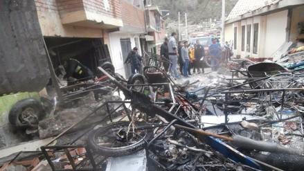 Cuatro tiendas destrozadas y casas afectadas tras fuerte explosión en mercado