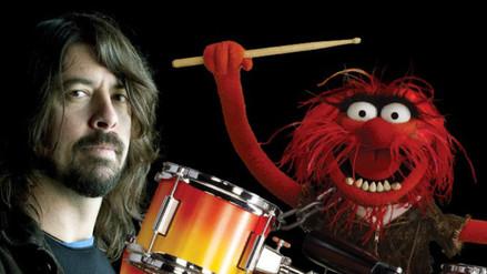 Los Muppets: mira el duelo de batería entre Dave Grohl y Animal