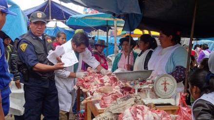 Chincha: decomisan carne de pollo en mal estado