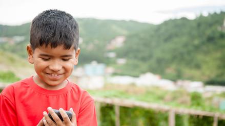FamiliaPuntoCom: ¿Es un smartphone un buen regalo para tu hijo?