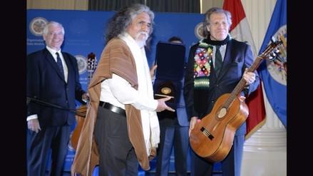 OEA premió a Manuelcha Prado por difundir la cultura andina