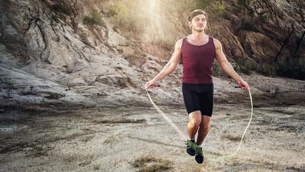 4 razones para incluir en tu rutina de ejercicios el salto de cuerda